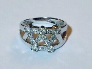 STUNNING DIAMOND RING IN 14K WHITE GOLD