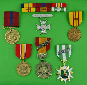 Marine Corps Vietnam 6 Ribbon Bar, 5 Medals & Rifle Sharpshooter Badge - USMC