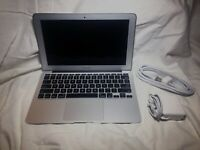 """Laptop Apple Macbook Air 4,1 11"""" i5 1.6GHz 2GB 64GB SSD OS X GREAT CONDTION"""