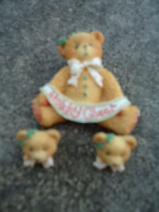 """Cherished Teddies Christmas Pin Brooch & Earring Set """"Holiday Cheer"""" Holly Bows."""