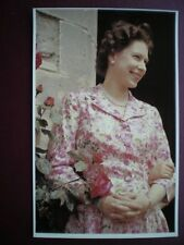 POSTCARD ROYALTY THE QUEEN A 1959 PORTRAIT 30 YEARS OF E II R