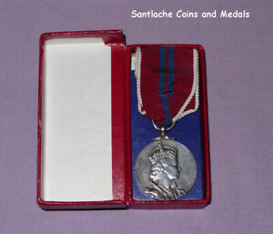 1953 OFFICIAL QUEEN ELIZABETH II CORONATION MEDAL - Full Size Boxed Military