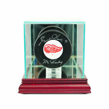REAL GLASS HOCKEY PUCK DISPLAY CASE UV PROTECTION CHERRY WOOD AND MIRROR BACK
