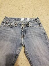 Lucky Brand Women's size 25/0 Jeans Long inseam Junior back to school. A008
