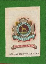 The BEDFORDSHIRE REGIMENT The Featherbeds Old Bucks original1915 Silk Army Badge