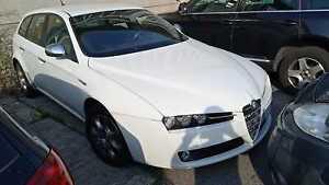 alfa romeo 159 sport wagon jtd 1.9 bianca, anno 2012, km 200mila, €1200 trattabi