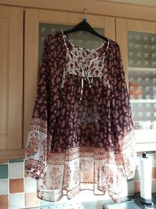 Marks and Spencer Ladies top Size 24 Bnwt