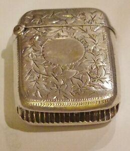 99p No Reserve Antique 1917 Birmingham engraved STERLING SILVER Vesta Case 8gm