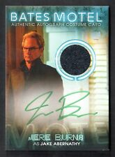 BATES MOTEL Breygent 2015 PARALLEL AUTOGRAPH COSTUME CARD #SDBC4 JERE BURNS #3/5