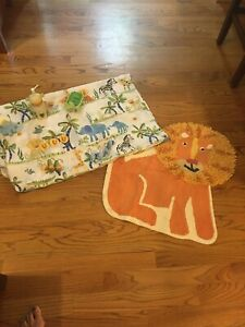 Kids Jungle Animals  Bath Set ( Shower Curtain With RIngs, Soap Holder & More!!)