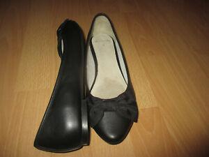 w NEU..Clarks..Echtleder..Ballerinas / Halbschuhe Gr.39..leicht & bequem