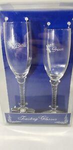 Wilton Bride & Groom Twisted Stem Glasses Clear with White Bells & B&G NIB