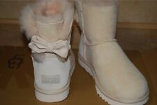 UGG Mini Bridgette Bow Fresh Pearl Suede/Sheepskin Boots US 9 Women's 1016029