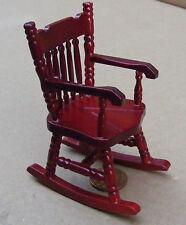 1:12 SCALA di legno sedia a dondolo con un solido sedile Casa delle Bambole Mobili In Miniatura