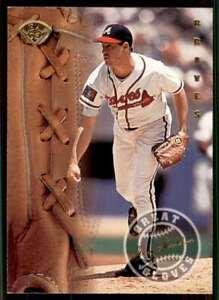 1995 Leaf Great Gloves Greg Maddux Atlanta Braves #11
