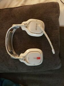 Astro A40 TR Headset for PC and xbox - White