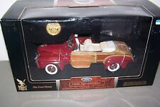 Diecast 1/18 1946 Ford Sportsman with collectable 24k gold plated coin