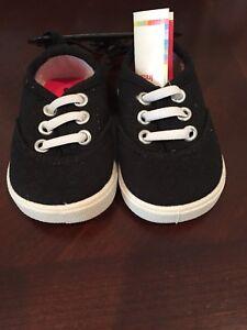 Infant Casual Slip on Shoes, Size 2, Black Garanimals