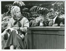 JOAN EMBREY ALF THE ALIEN ALF THE TONIGHT SHOW ORIGINAL 1988 NBC TV PHOTO