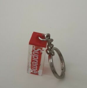 FW18 Supreme Level keychain keyring red