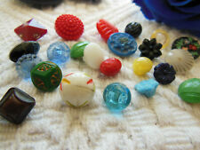 collection lot 23 boutons anciens  vintage en  verre  ref 2525