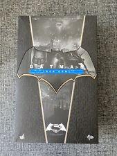 Hot Toys Batman Tech capucha versión Batman figura de MMS342 vs Superman