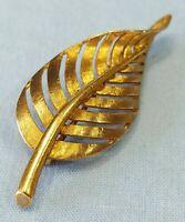 Vintage 14K Yellow Gold Leaf Pin Brooch 4.0 Grams