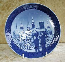 """Royal Copenhagen-Christmas Plate 1988 """"Christmas Eve in Copenhagen"""""""