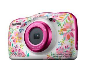 Wasserdichte Kompaktkamera Nikon COOLPIX W150 Flowers mit Kinderrucksack und Box