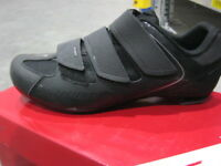 Specialized Sport Road Bike Shoes - blk or red - New in a box