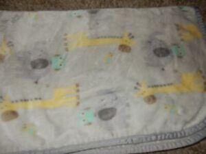 LN 30x45 Garanimals Owl Giraffe Elephant Plush Minky baby Crib Blanket Lovey