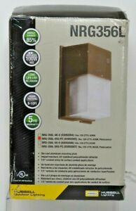 Hubbell NRG-356L-4K-U-PC LED Wallpak w/ Photocontrol, Bronze, 18W Aluminum