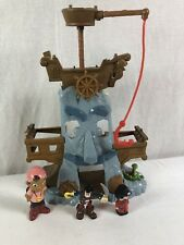 Jake and the Neverland Pirates Captain Hook's Adventure Rock Never Land Playset