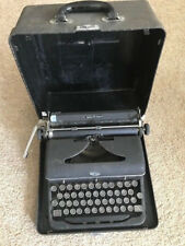 Royal Quiet Deluxe Typewriter Vintage Black Portable w/Case