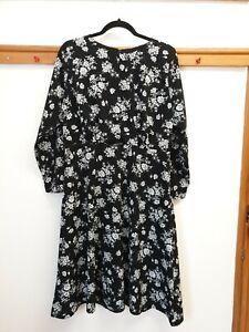 Black and white floral Nougat london dress