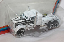 Champs of the Road Super Rigs, 1970's Kenworth W925, White Mint on Card