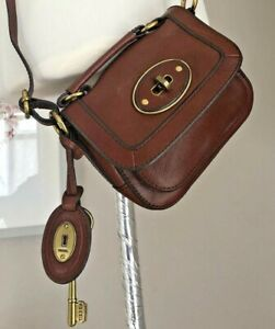FOSSIL Mahogany Leather Messenger / Cross Body Bag with KEY CHARMS  - Mint Cond