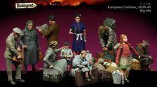 1:35 European Refugees World War 2 (WW2) 10 Figures Resin Model Kit