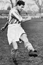 Football Photo>FRED LEWIS Colchester United 1950s