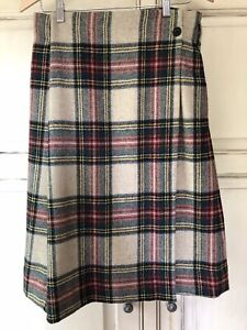 Margaret Howell Tartan skirt 100%Wool Lovely wrap around.