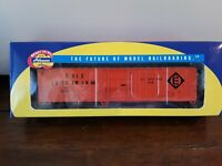 Athearn H0  #7104, Erie Lackawanna 57' Mech Reefer