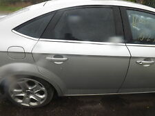 FORD MONDEO MK4 HATCHBACK DRIVERS REAR DOOR IN MOONDUST SILVER