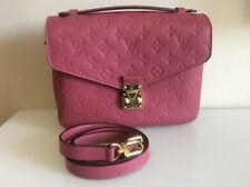 Authentic New Louis Vuitton Pochette Metis Bag in Rose Bruyere Empreinte Pink