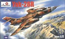 """YAKOVLEV YAK 28 R """"BREWER D"""" (SOVIET AF MARKIGS) 1/72 AMODEL RARE!"""
