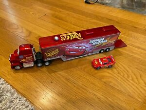 Disney Pixar Cars Mack Hauler 95 Lightning McQueen Trailer Truck Toy