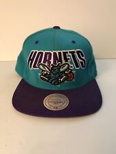 f2d49de39ed05 Vintage Retro Mitchell   Ness Charlotte Hornets NBA Snapback Sombrero Gorra