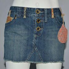 Billabong Mini Skirt Denim Frayed Hem Distressed Denim Low Rise Sz 9 100% Cotton