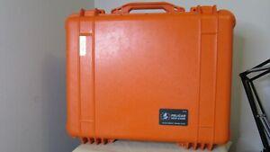 Pelican 1550 Watertight Protector Case - Orange