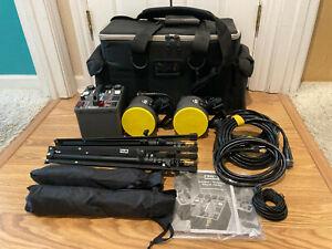 Dynalite M1000WI Power Pack Strobe Kit w/ 2 Flash Heads, 2 Stands, 2 Umbrellas