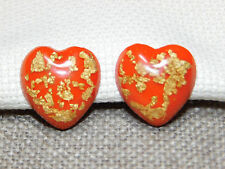 VINTAGE HEART SHAPED CORAL COLOR W/GOLD TONE FOIL LUCITE SCREW IN EARRINGS